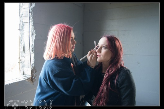 Kristy gets Hannah ready for the shoot