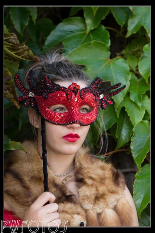 Model: Olyvia Mayhew Mask: Black Widow Fascinations